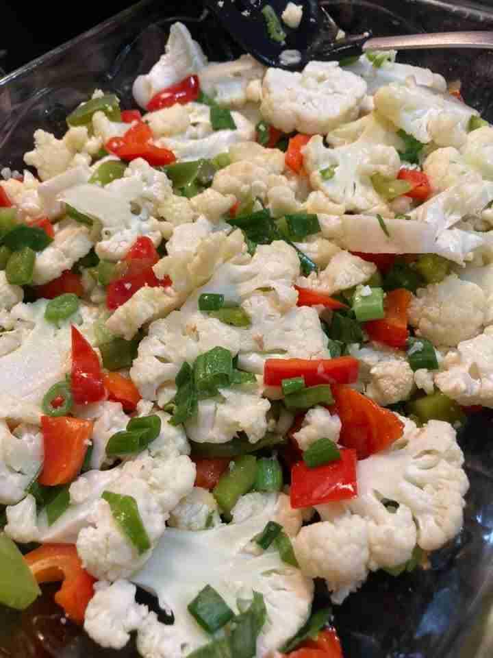 Baked Cauliflower Nachos