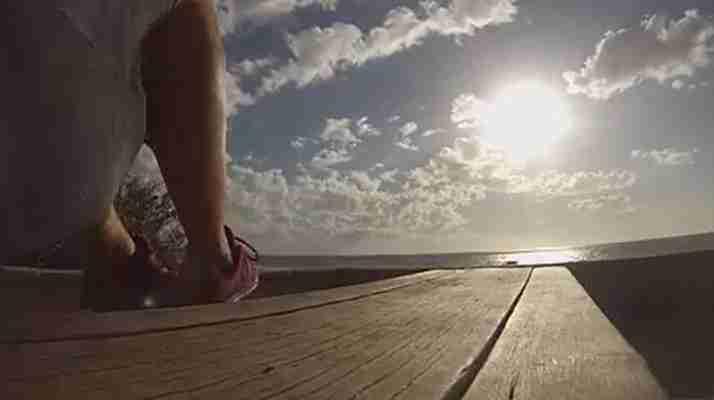 Knee-Hugs-Best-Summer-Body