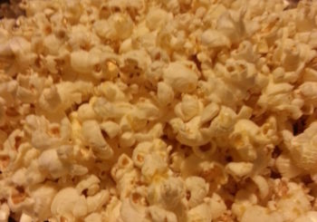 Cheezy Vegan Popcorn